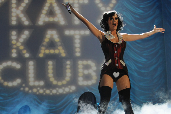 Katy+Perry in MTV Europe Music Awards 2009 - Show
