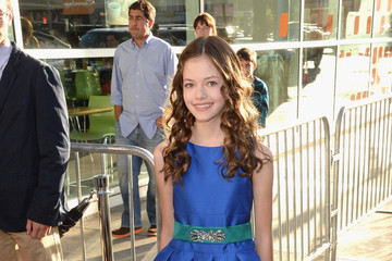 Mackenzie Foy 'The Conjuring' Premieres in LA — Part 5