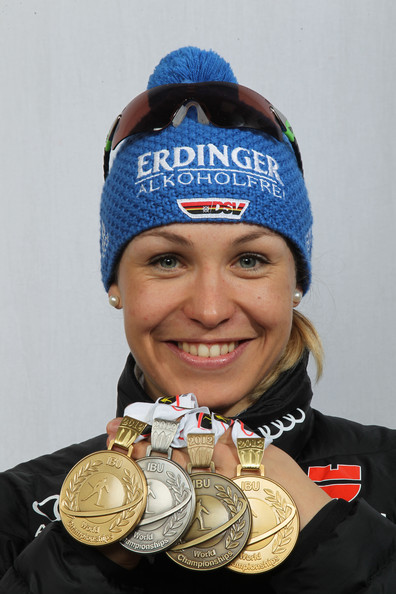 Hot or Not - Page 2 Magdalena+Neuner+IBU+Biathlon+World+Championships+DhWTxaXoRrtl