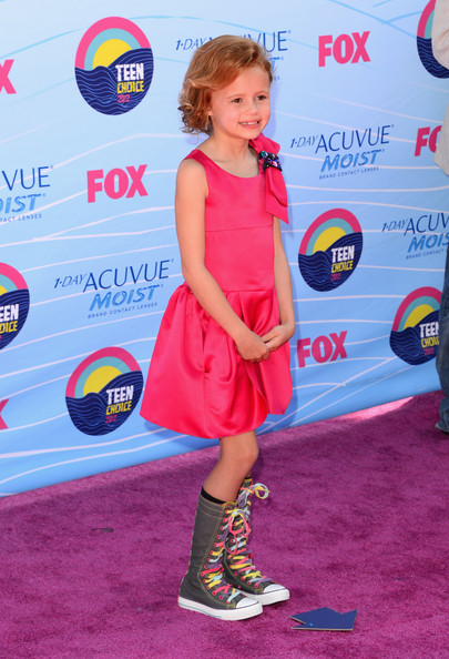 Maggie Elizabeth Jones Jason Jones Teen Choice Awards 2012 -