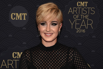 Maggie Rose CMT Artist of the Year - Red Carpet