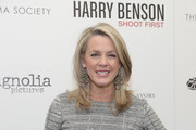 """Deborah Norville attends the Magnolia Pictures & The Cinema Society host the premiere of """"Harry Benson: Shoot First"""" at the Beekman Theatre on December 1, 2016 in New York City."""