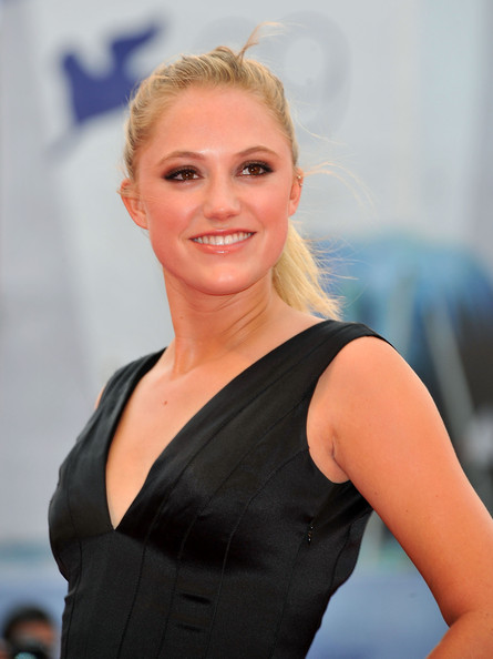 Maika Monroe Pictures Quot The Master Quot Premiere The 69th