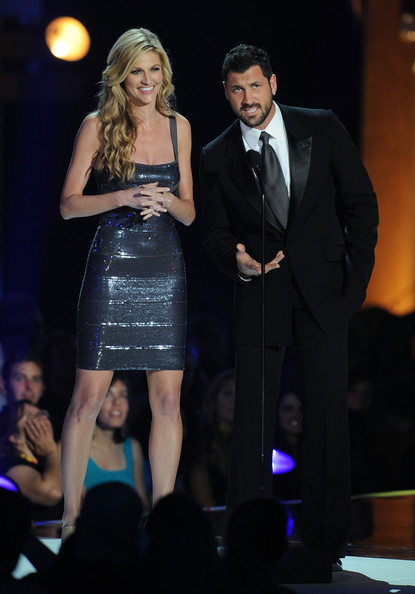 Erin Andrews and Maksim Chmerkovskiy - 2010 CMT Music Awards - Show