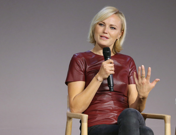 "malin black single women Malin akerman height weight body statistics  she appeared in 1997 in a single episode ""the truth"" as  if you are thirsty drink black coffee,."