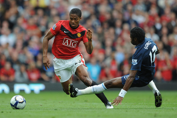 Manchester+United+v+Arsenal+Premier+League+7zkokbjdh27l Antonio Valencia vs Luis Nani