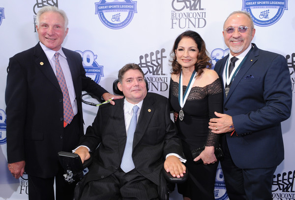30th Annual Great Sports Legends Dinner to Benefit The Buoniconti Fund to Cure Paralysis - Arrivals