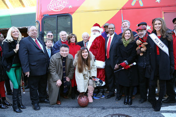 Margo Catsimatidis CitySightseeing New York Fifth Annual Holiday Joy Toy Drive / PAL Centennial Holiday Celebration