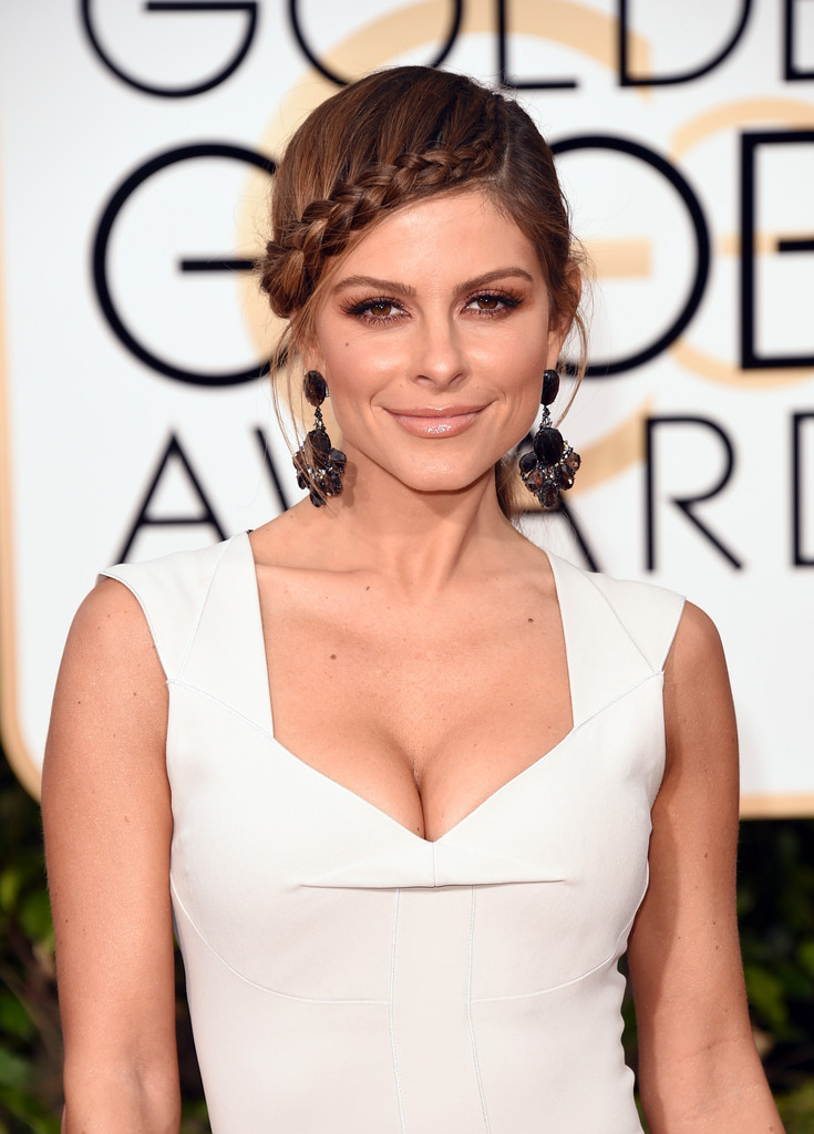 http://www3.pictures.zimbio.com/gi/Maria+Menounos+73rd+Annual+Golden+Globe+Awards+4dWu4Re1yrNx.jpg