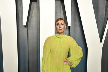 Maria Sharapova 2020 Vanity Fair Oscar Party - Look Book