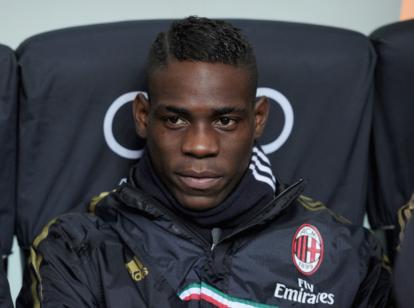 Liverpool submit £17.5m bid for AC Milans Mario Balotelli [Sport Mediaset]