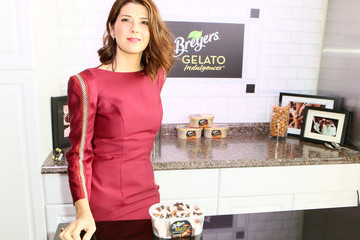 Marisa Tomei Breyers Gelato Indulgences Hospitality Lounge At The 30th Annual Film Independent Spirit Awards