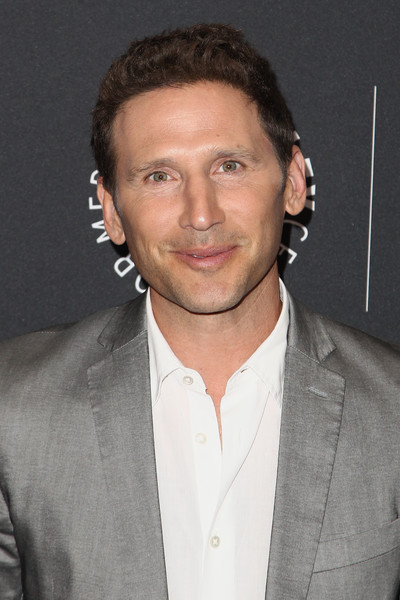 The 47-year old son of father Harvey Feuerstein and mother Audrey Feuerstein, 173 cm tall Mark Feuerstein in 2018 photo