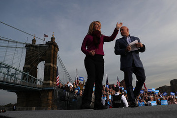 Mark Kelly Hillary Clinton Campaigns in Ohio Ahead of the Election