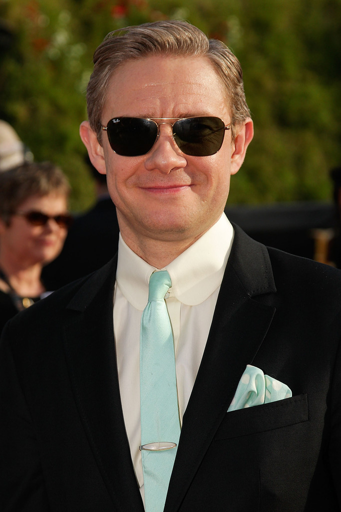 http://www3.pictures.zimbio.com/gi/Martin+Freeman+Hobbit+Unexpected+Journey+World+qzTG8XHZhBKx.jpg
