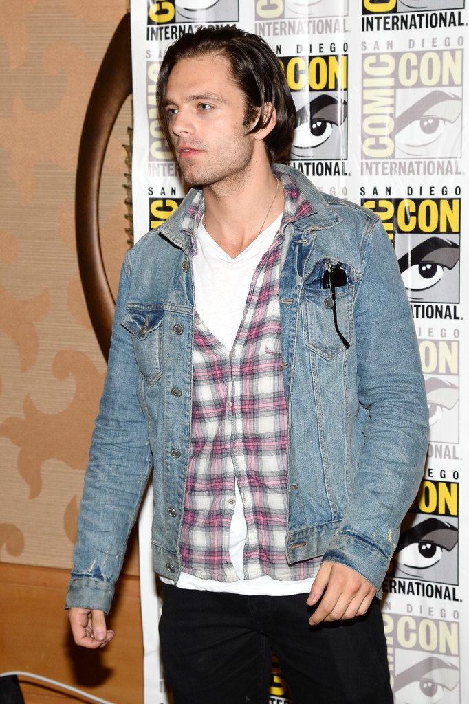 Sebastian Stan Photos Photos Arrivals At The Marvel