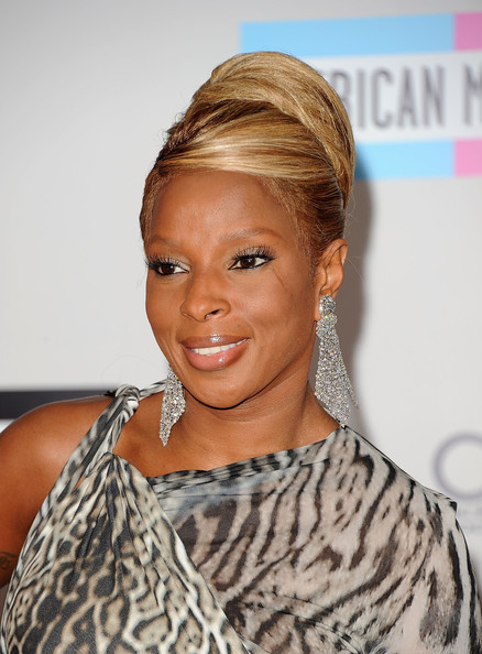 Mary J  Blige Photos Photos - 2011 American Music Awards - Arrivals