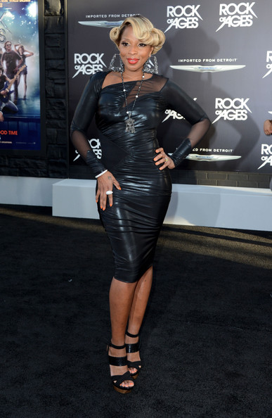 "Mary J. Blige - Premiere Of Warner Bros. Pictures' ""Rock Of Ages"" - Arrivals"