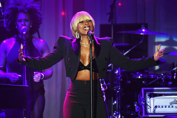 Mary J. Blige Pre-GRAMMY Gala and Salute to Industry Icons Honoring Debra Lee -  Show