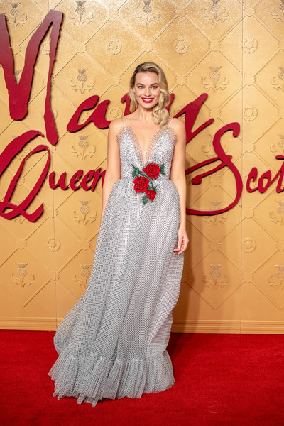 Mary Queen Of Scots European Premiere Red Carpet Arrivals Zimbio
