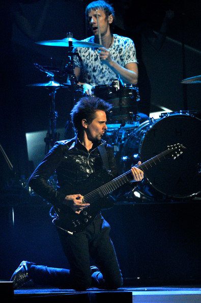 Matt bellamy photos photos brit awards 2013 show zimbio brit awards 2013 show voltagebd Image collections