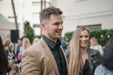 Matt Lanter Brooks Brothers Hosts Annual Holiday Celebration In Los Angeles To Benefit St. Jude - Inside