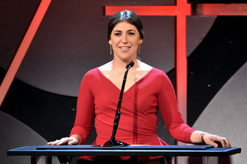 Mayim Bialik 19th Annual Art Directors Guild Excellence In Production Design Awards - Show