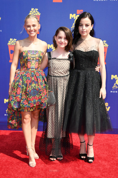 2019 MTV Movie And TV Awards - Arrivals [movie,clothing,red carpet,dress,carpet,premiere,cocktail dress,flooring,fashion,hairstyle,event,katie sarife,madison iseman,tv awards,l-r,santa monica,california,barker hangar,mtv,mckenna grace]