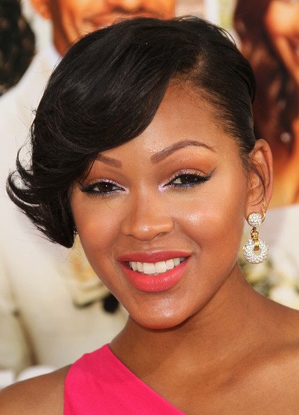 http://www3.pictures.zimbio.com/gi/Meagan+Good+Premiere+TriStar+Pictures+Jumping+XAYmIgBuB1hl.jpg