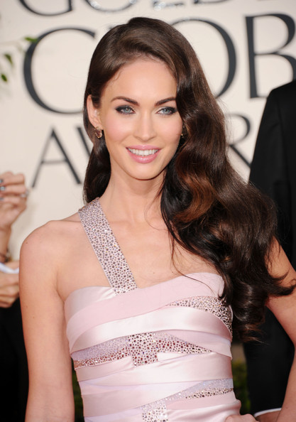 http://www3.pictures.zimbio.com/gi/Megan+Fox+68th+Annual+Golden+Globe+Awards+NBXH4VvN3gul.jpg