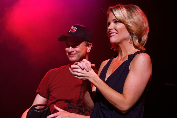 Megyn Kelly Photos Photos - Gary Sinise & The Lt Dan Band ...