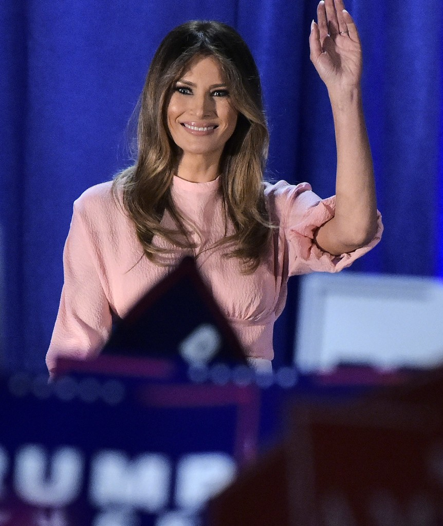 Melania Trump Photos Photos - Melania Trump Campaigns for Her Husband ...