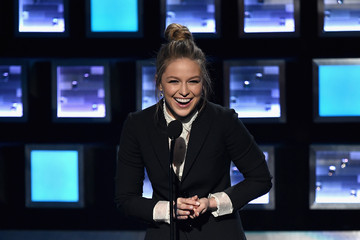 Melissa Benoist People's Choice Awards 2016 - Show