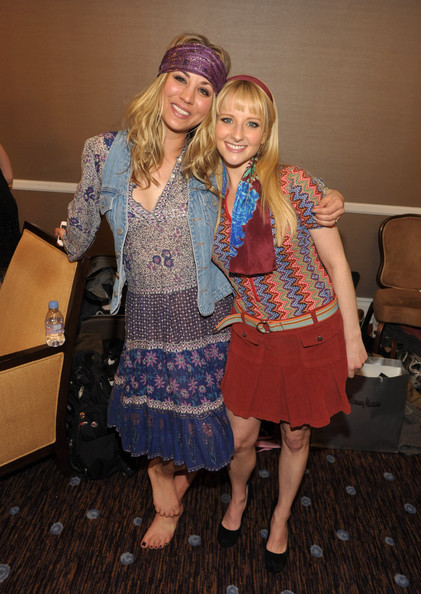 Melissa Rauch Pictures...