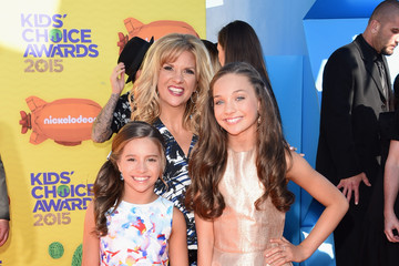 Melissa Ziegler Nickelodeon's 28th Annual Kids' Choice Awards - Arrivals
