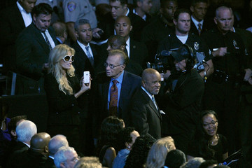Larry King Memorial Service For Michael Jackson Draws Thousands Of Fans And Mourners