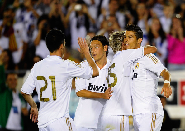 صور للاعب مسعود أوزيل ..◄███▓▒░ ஐ Mesut+Ozil+Los+Angeles+Galaxy+v+Real+Madrid+gXYPiaQUad2l