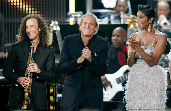 Photo of Michael Bolton & his friend musician  David Foster - Concert
