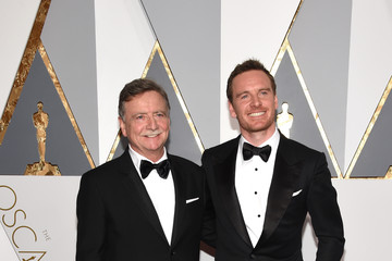 Michael Fassbender 88th Annual Academy Awards - Red Carpet Pictures