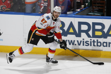 Michael Frolik Calgary Flames v Florida Panthers