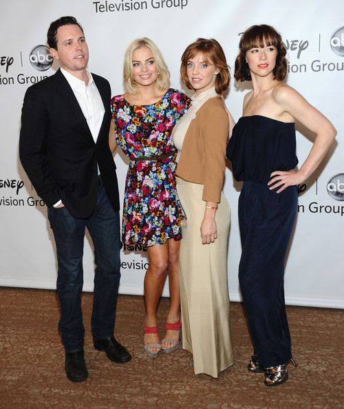 Michael Mosley Karine Vanasse Margot Elise Robbie Kellie Garner Michael Mosley Photos Disney Abc Television Group S Tca 2011 Summer Press Tour Arrivals Zimbio See a detailed michael mosley timeline, with an inside look at his tv shows, marriages & more through the years. michael mosley karine vanasse margot