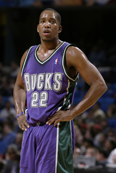 (future event) [basketball,basketball player,basketball moves,team sport,ball game,sports,player,championship,jersey,michael redd,user,user,note,action,terms,cleveland,milwaukee bucks,event,game]