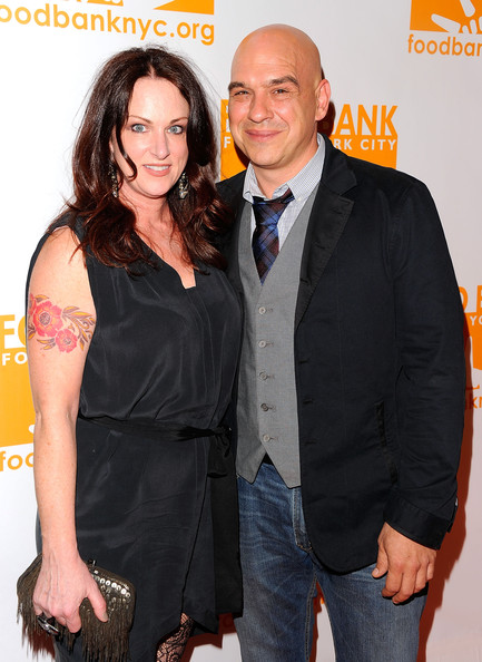Michael Symon and his wife Liz, Source: zimbio