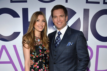 weatherly online dating Get the magazine and exclusive online content - subscribe today read next: ron  weatherly said he hasn't regretted his decision to exit the show.