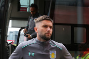 Henri Lansbury Photos Photo