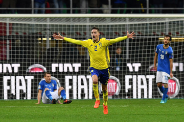 Mikael Lustig Italy v Sweden - FIFA 2018 World Cup Qualifier Play-Off: Second Leg