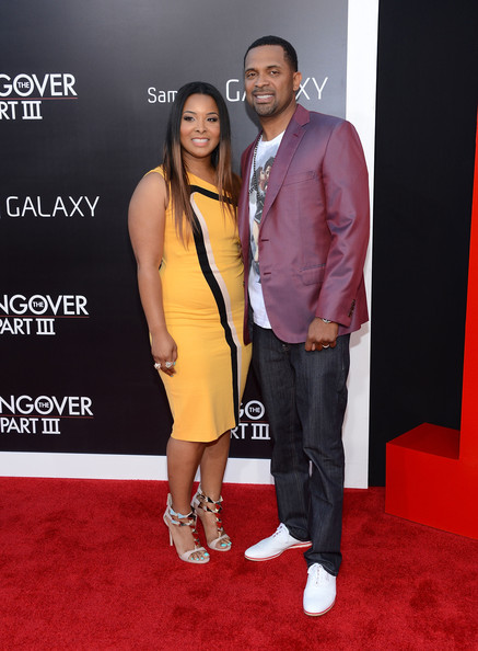 'The Hangover Part III' Premieres in LA — Part 3 [hangover part 3,red carpet,carpet,premiere,flooring,event,fashion,footwear,suit,fashion design,mechelle mccain,mike epps,arrivals,r,california,warner bros. pictures,westwood,premiere,premiere]