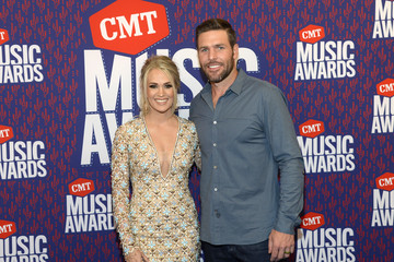 Mike Fisher Carrie Underwood 2019 CMT Music Awards - Executives