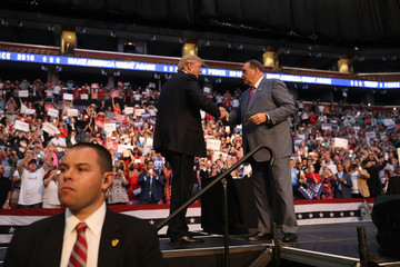 Mike Huckabee Donald Trump Campaigns in Fort Lauderdale