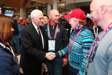 Mike Pence Pictures, Photos & Images - Zimbio